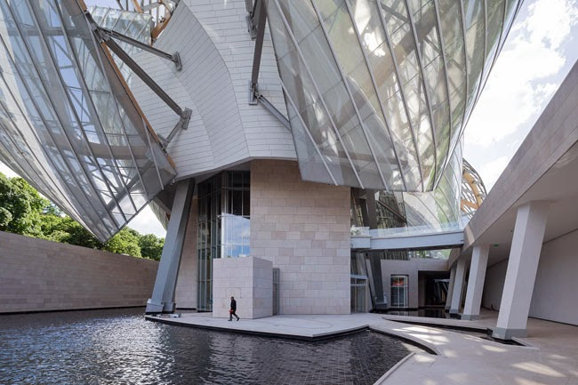 A good reason to hop over to paris this spring sant joieria i argenteria - Frank gehry louis vuitton ...