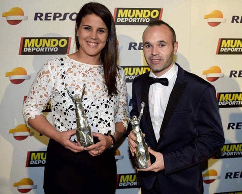 laia-sanz-andres-iniesta-premios-mundo-deportivo-2015