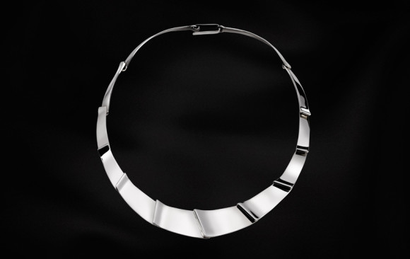 Collar rígid plata